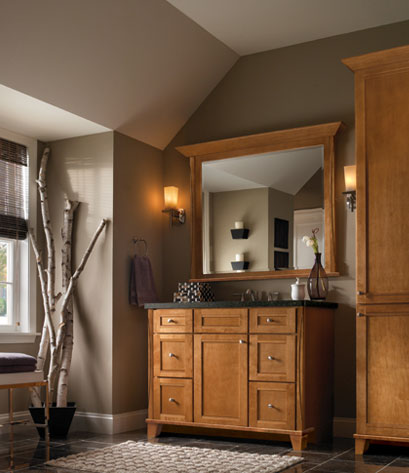 Kraftmaid bathroom vanities signature cabinets for Bathroom cabinets kraftmaid